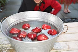 bobbing for apples halloween fall party games