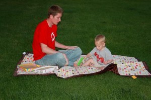 tuffo water resistant picnic blanket