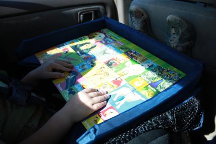 Traveling With Kids Giveaway – Snack & Play Travel Tray | Vanilla Joy