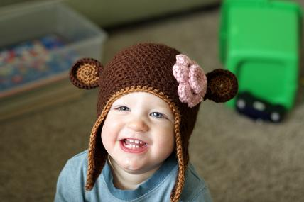 quick & simple crochet pattern for a hat with earflaps! | artish