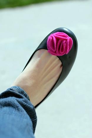 felt flower shoes