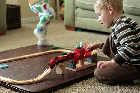 melissa and doug magnetic train sets
