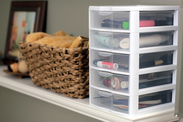 Wonderful Makeup Storage Ideas
