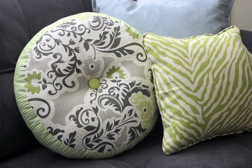 Round Throw Pillow Covers : Sprocket Pillow - Throw Pillow Tutorial - Accent Throw Pillows Covers Vanilla Joy