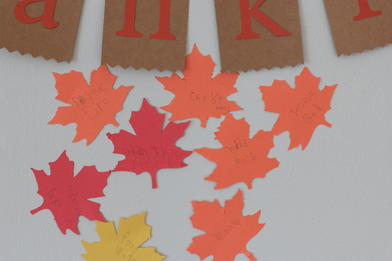 Tutorial kid friendly thanksgiving decoration crafts
