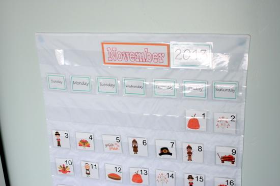 TUTORIAL* $5 Pocket Chart Calendar | Vanilla Joy