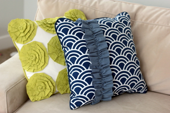 TUTORIAL Ruffle Pillow Vanilla Joy Adorable How To Sew A Decorative Pillow