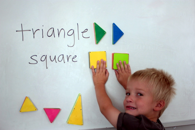 preschool shape matching game
